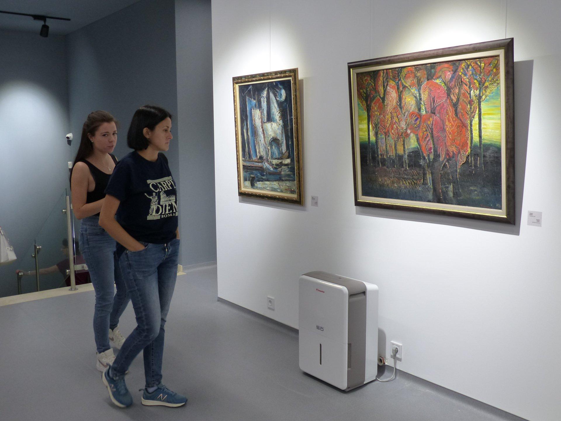 """Откриване на първата изложба в галерия """"Капана"""""""