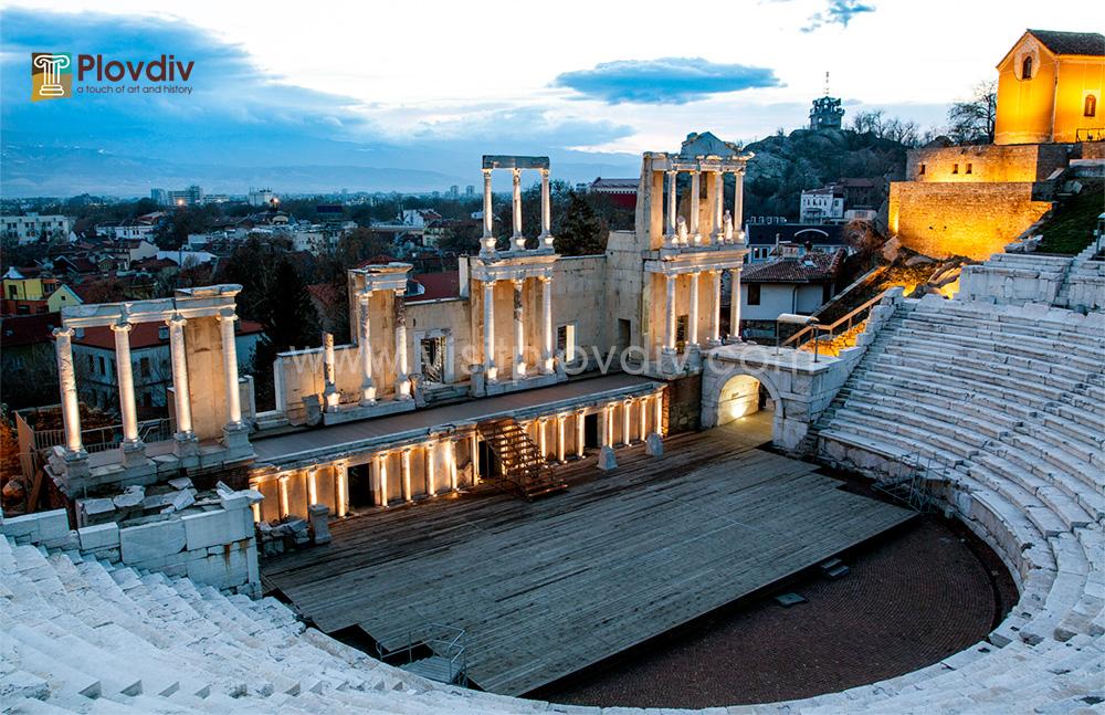 Резултат с изображение за Античният театър в Пловдив