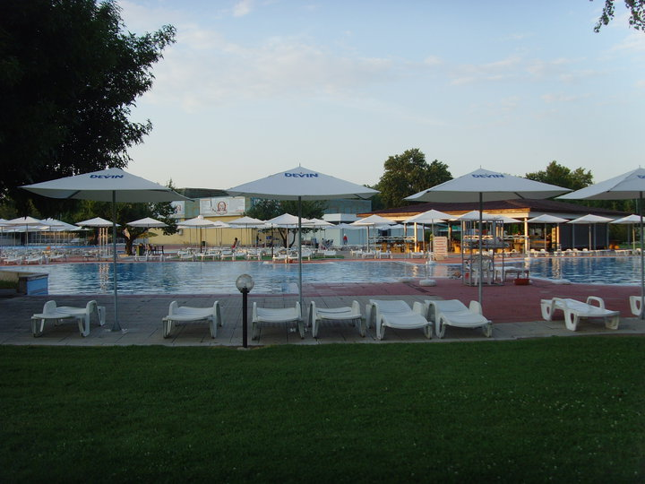 Swimming Pool Neptun